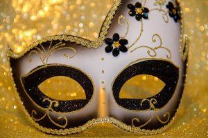 carnival-3075896_1280
